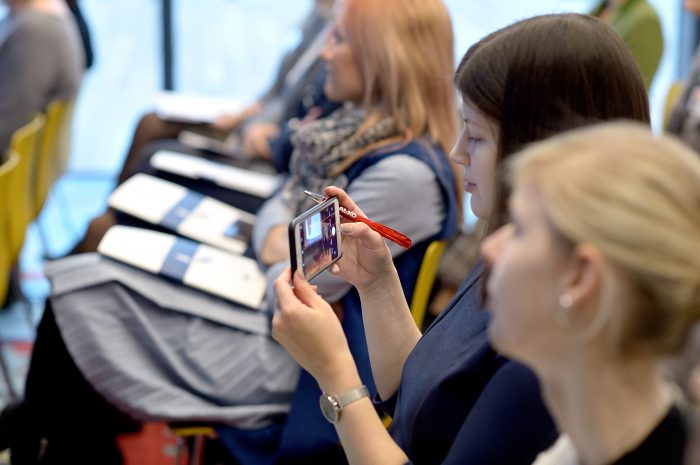 Kaip technologijas panaudoti darbuotojų įsitraukimui didinti?